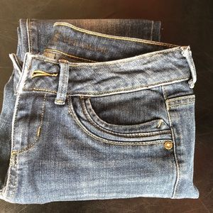 Vera Wang denim jeans. Size 2. Like new.